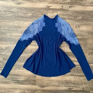 NWOT Free People Blouse Lace Shoulder Size S Blue